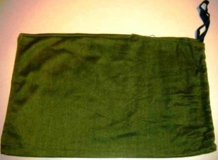 Vojenská taška na ruku, zelená, zviazaná