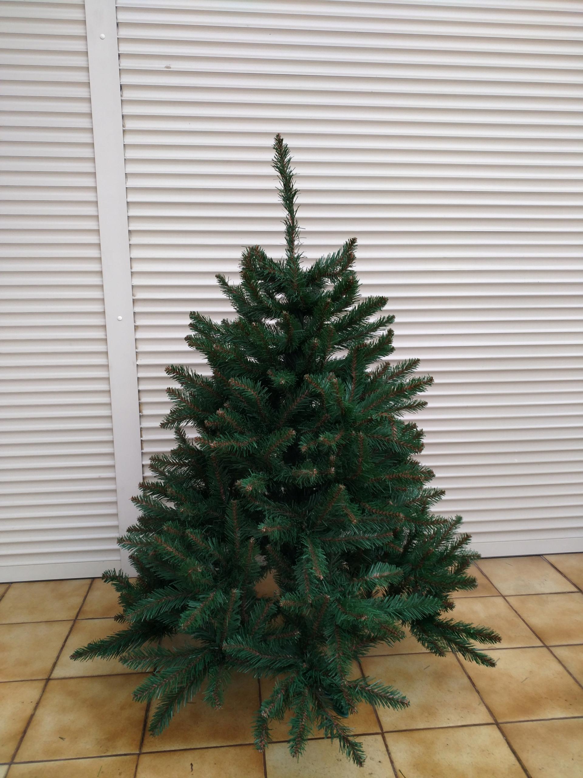 Umelý vianočný stromček Prírodný smrek 1,20 m