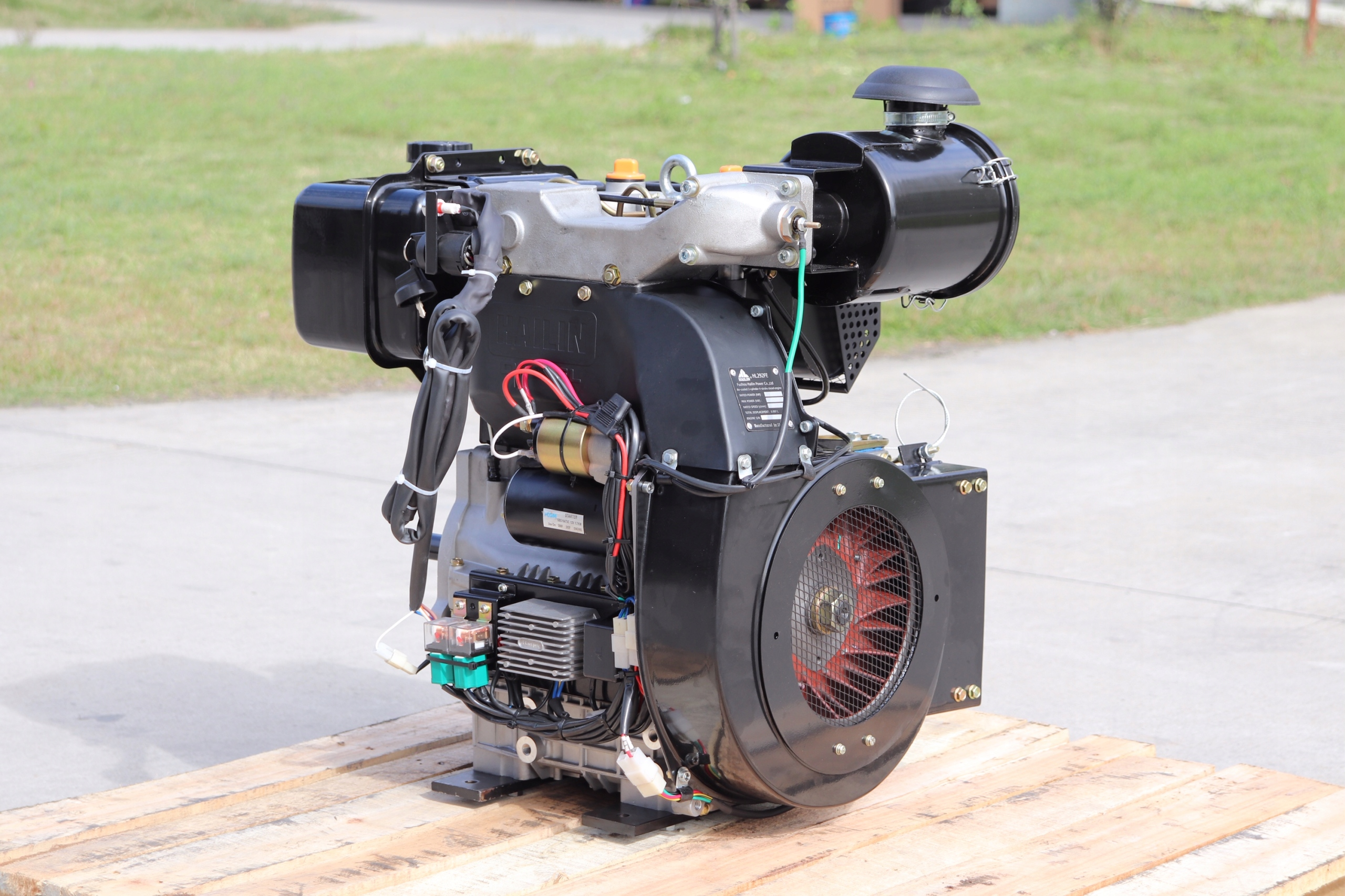 Двигатель Дизельные 20 КМ Хаилине Kubota , Lombardini