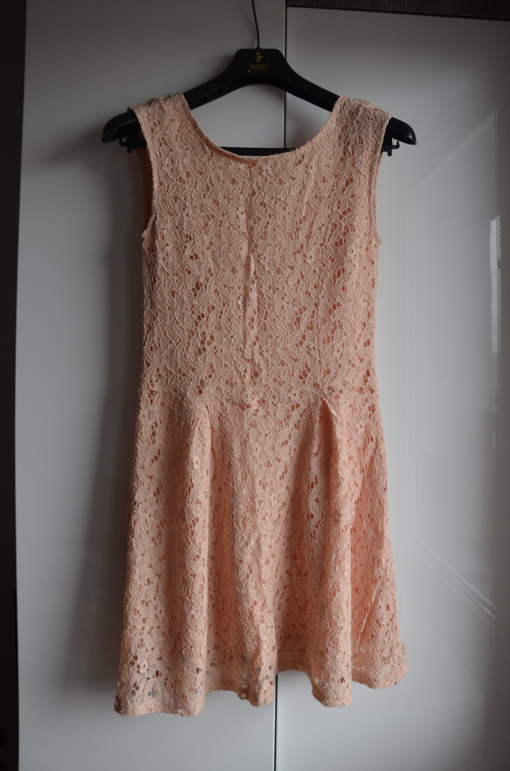 65f06fb884 Sukienka rozkloszowana koronkowa lato Sinsay 34 36 - 7422996810 ...
