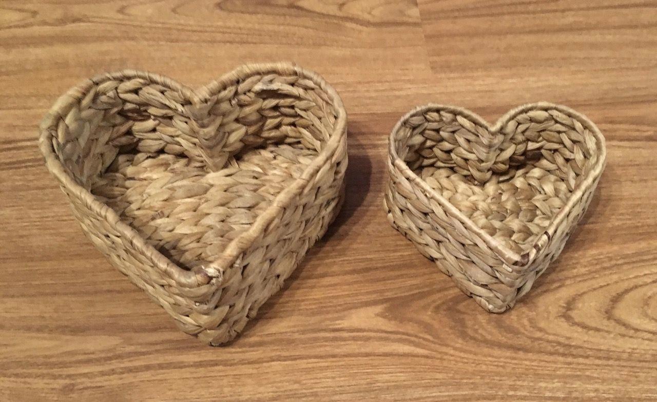 d15c781375fdca Zestaw koszy w trawy morskiej w kształcie serce - 7086029342 ...