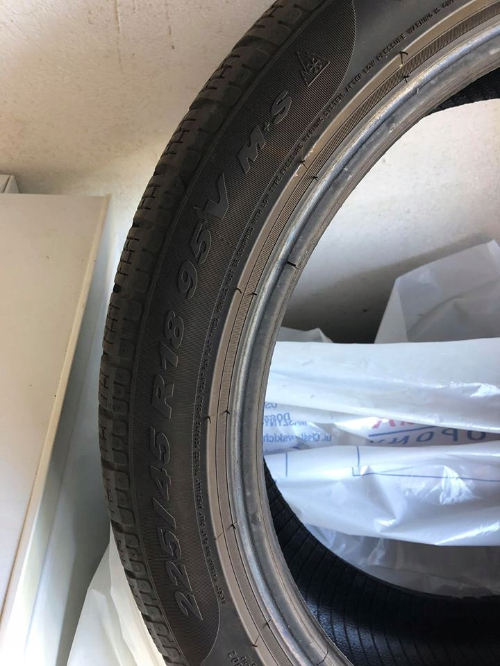 Opony Zimowe Pirelli Sottozero Run Flat 22545 R18 7692652992