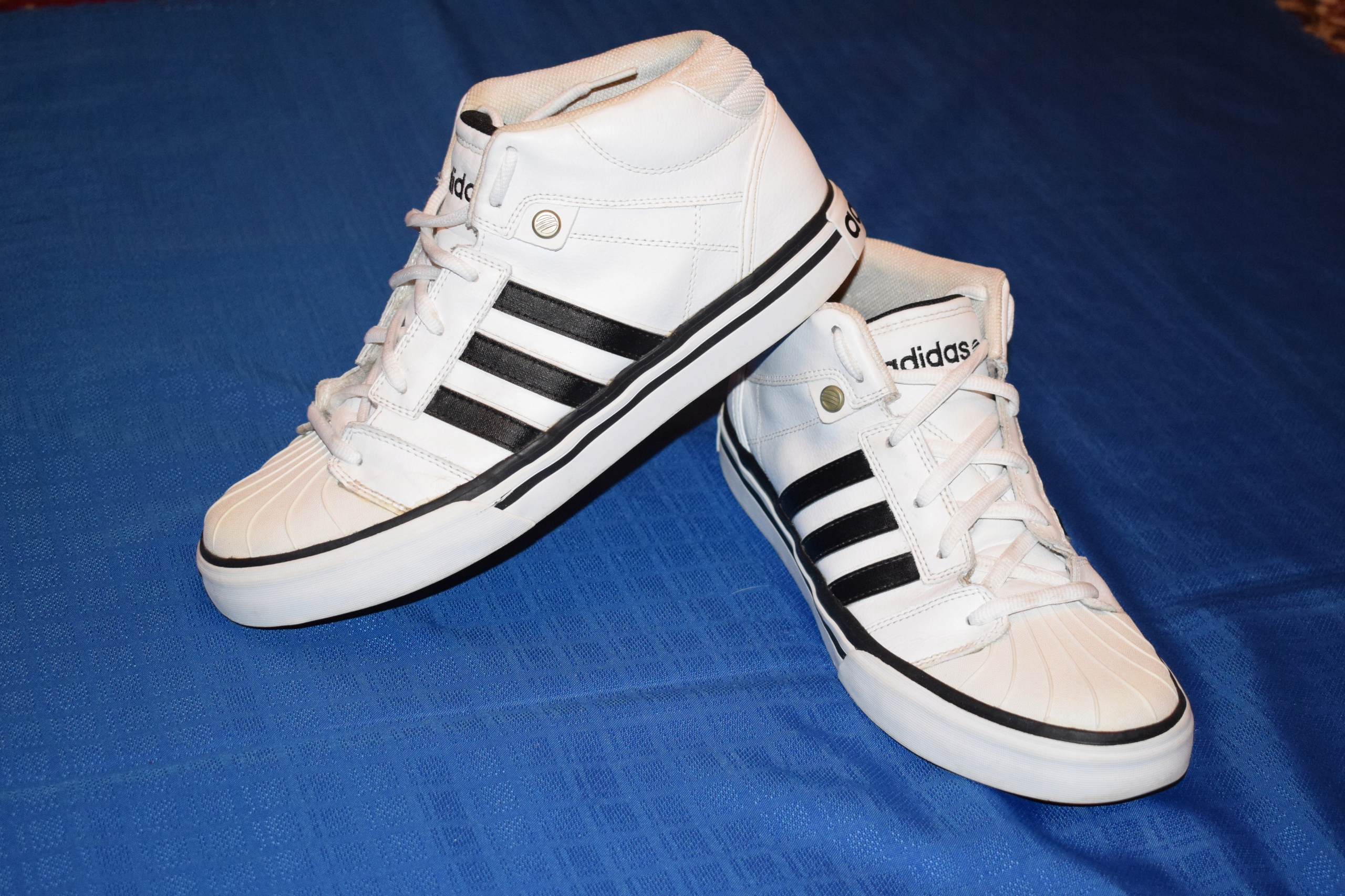 huge selection of 12588 29c86 adidas NEO LABEL EU 44 23 wk.28,5 cm MID
