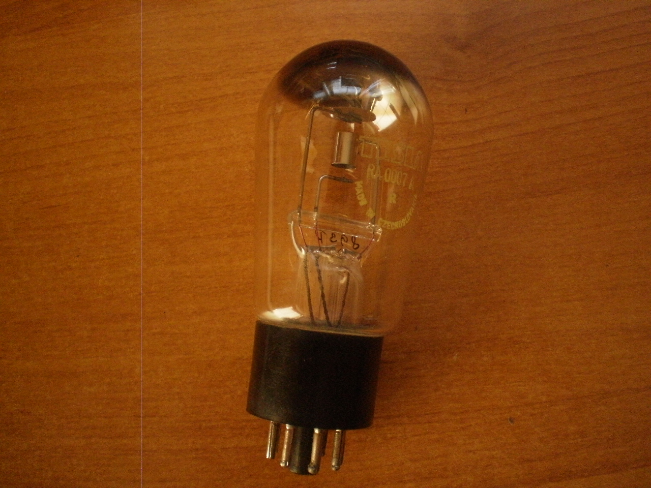 LAMPA DIODA RA0007A Tesla