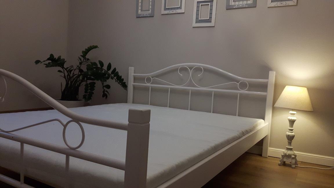 łóżko Metalowe Agata 120x200 Białe I Czarno Białe