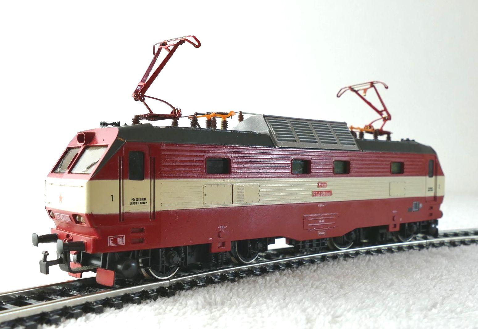Lokomotywa E 499.2 H0 WYPRZEDAŻ lata 80-te BDB