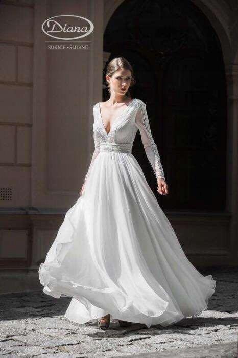 3bb9b573 Suknia ślubna DIANA-GAJA