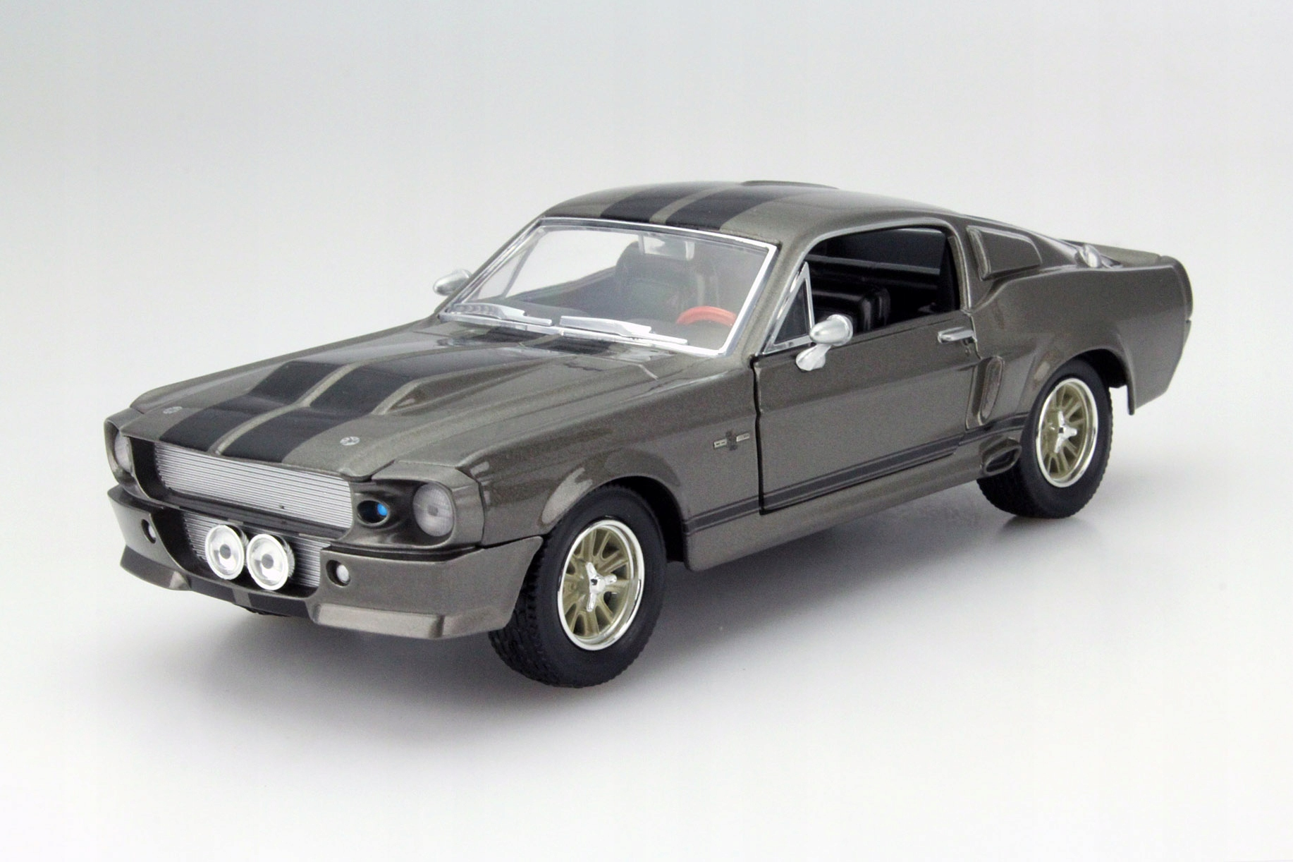 GREENLIGHT 1967 FORD SHELBY MUSTANG ELEANOR 1 24