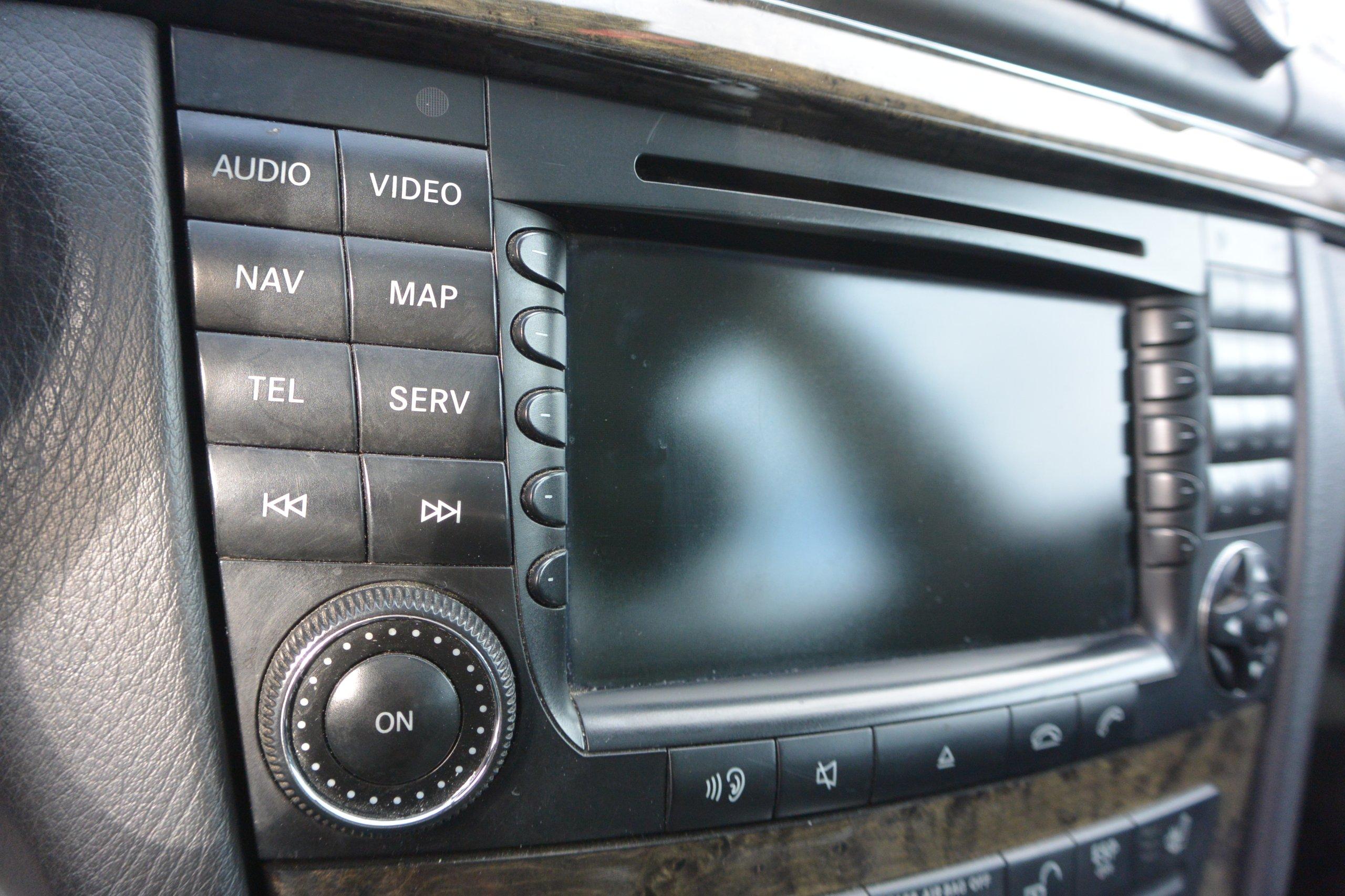 radio fabryczne navi comand dvd w211 mercedes 7173259139. Black Bedroom Furniture Sets. Home Design Ideas