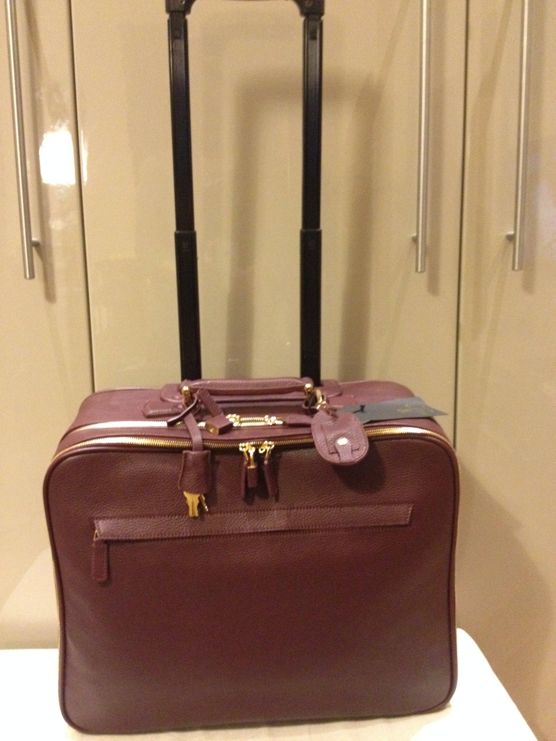 b1aad5a730756 Skórzana WALIZKA torba podróżna na kółkach - 7199742371 - oficjalne ...