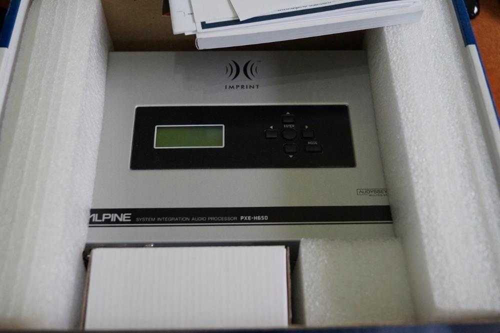 ALPINE PXE-H650 Procesor pod fabryczne jednostki