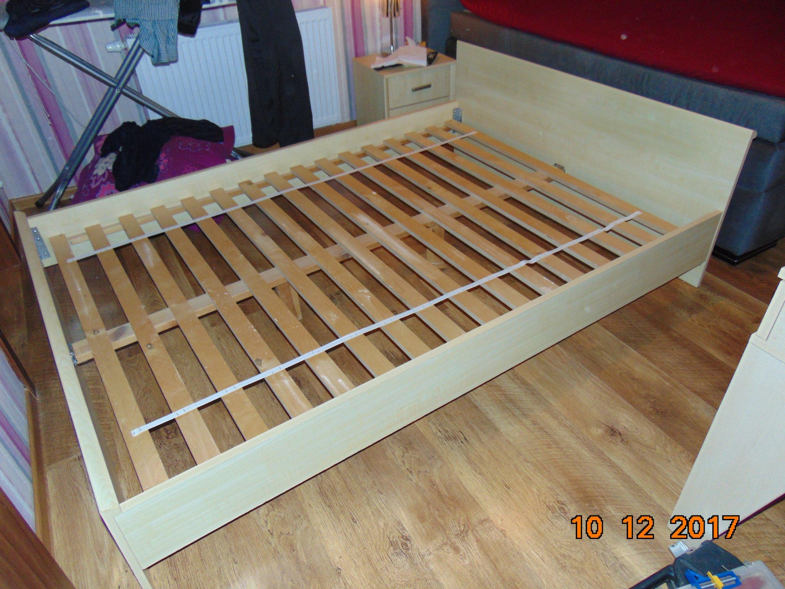 Brw łóżko Stelaż Materac 140x200 Komoda Szafki