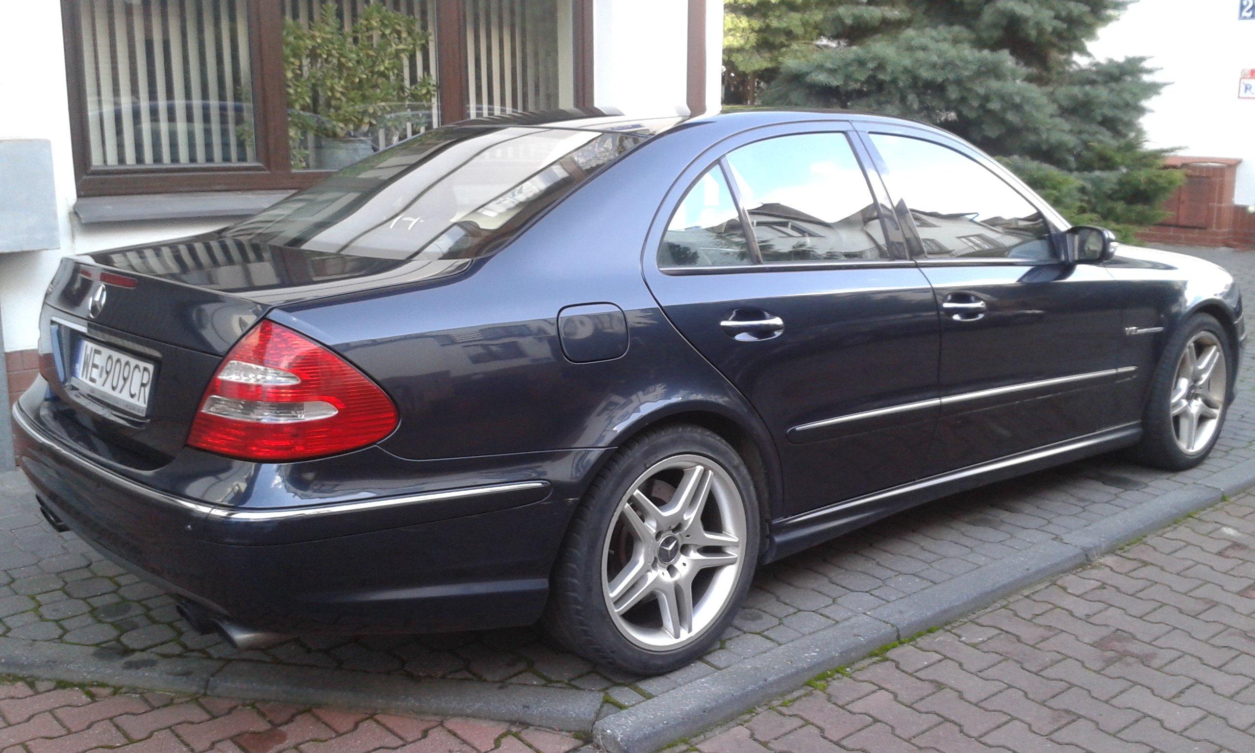 Mercedes Benz E55 AMG Salon PL bezwypadkowy oficjalne