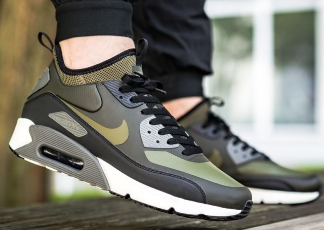 bf71eee704596 Buty NIKE AIR MAX 90 ULTRA MID WINTER roz. 44 - 7447799763 ...