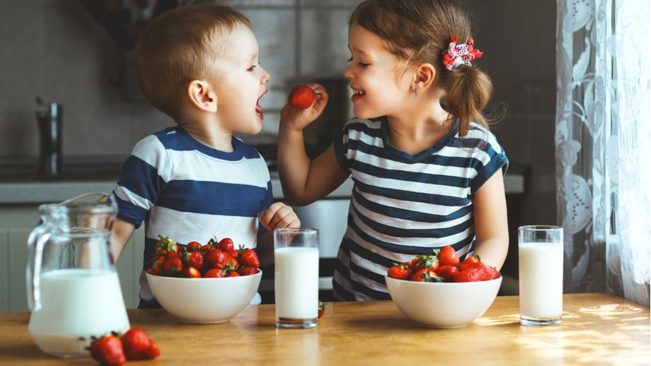 Alergie pokarmowe, nietolerancja laktozy i kolki u dzieci – co robić i jak im zaradzić?