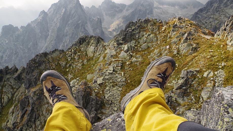 Wysokie buty trekkingowe w polskie góry