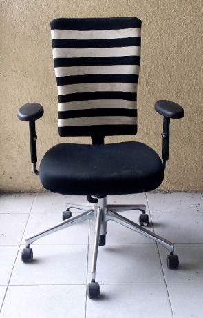 Krzesło obrotowe VITRA 7574147059 oficjalne archiwum Allegro