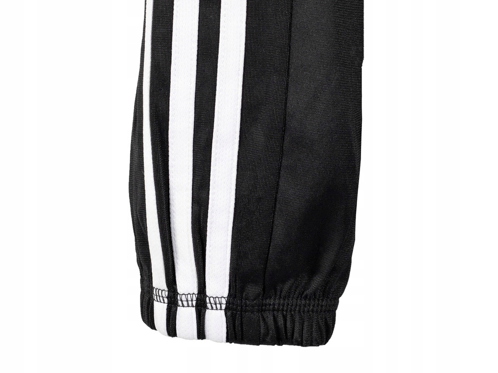 Dziecięce spodnie dresowe Adidas dresy S23269 128