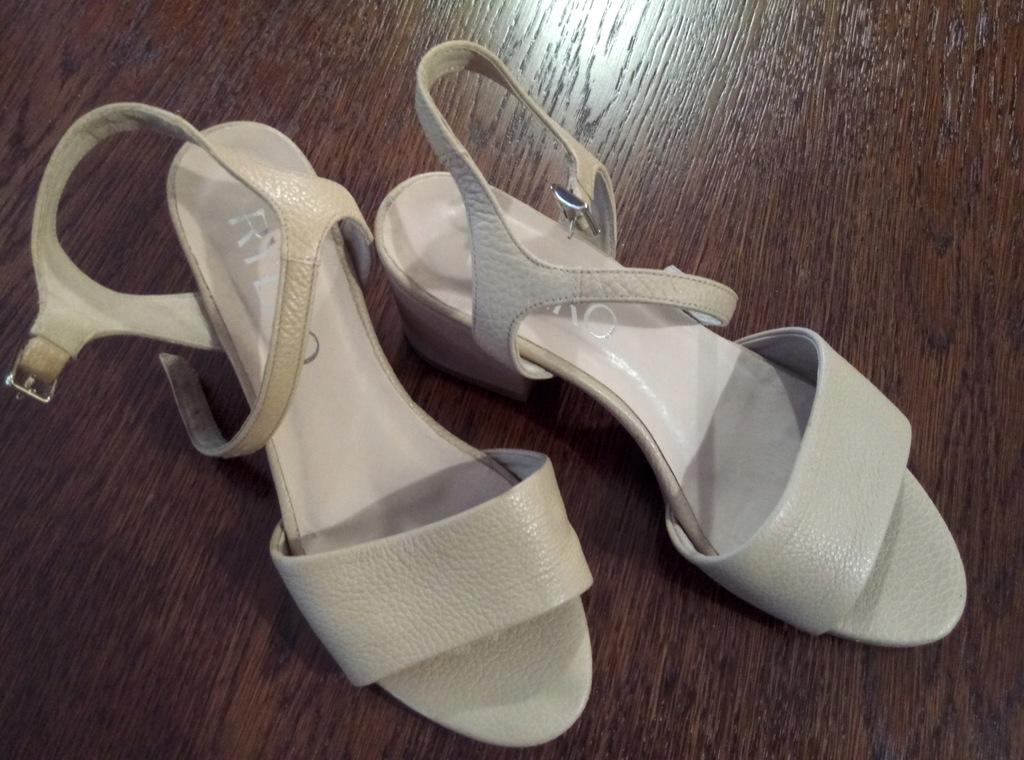 Sandały damskie Ryłko 03GN9_E6 _PU6F