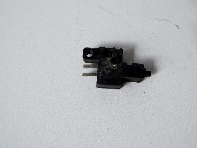 Czujnik sprzęgła VF 1100 magna 83-88