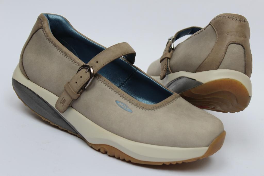 Damskie buty sportowe MBT gore tex 39 23