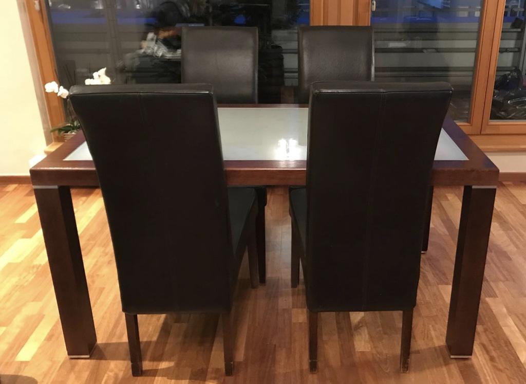 komplet stół i krzesła skórzane