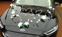 Dekoracja samochodu ozdoby na auto do ślubu płatki