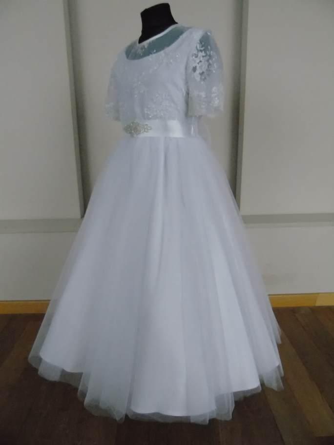 1860a430e9 Sukienka zapinana na suwak. W pasie wszyta delikatna gumka co ułatwia  idealne dopasowanie sukni do sylwetki Dziecka. Z tyłu piękna kokarda którą  można ...