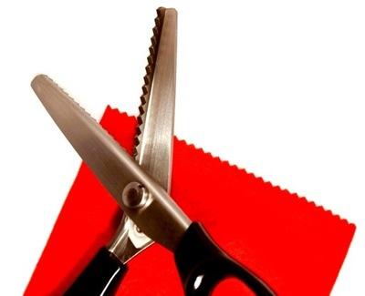 ножницы ПОРТНОВСКИЕ ЗУБЧАТЫМИ для ВЫРЕЗАНИЯ ЗУБЧИКОВ