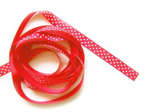 R261 Tasiemka w groszki czerwona 15mm x 0.5m