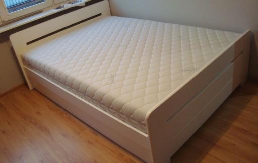 łóżko Drewniane Białe Z Pojemnikiem Proste 120x200