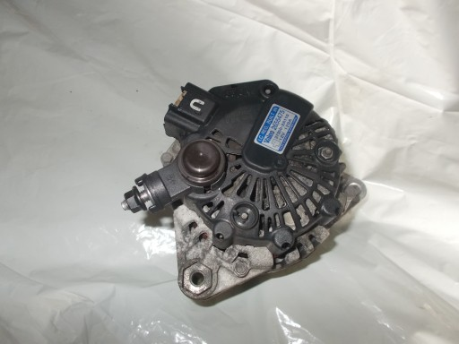 HYUNDAI I30 1.6CRDI ALTERNATOR 37300 2A110